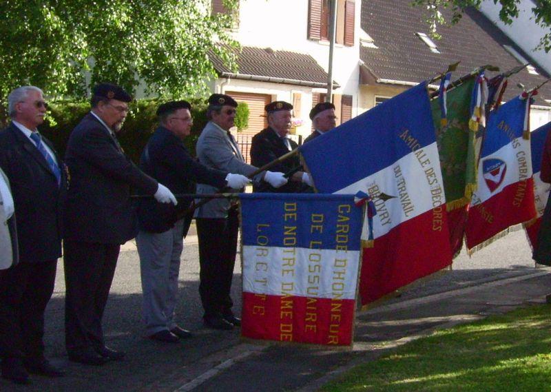 drapeaux beuvry 18 juin 2009