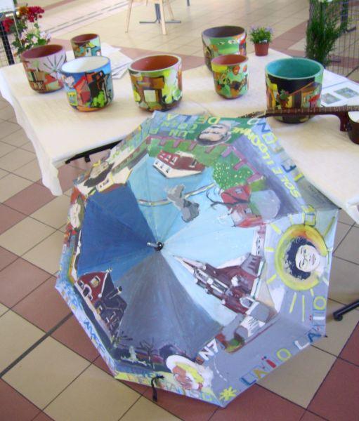 Elise et les pépins peints dans Ecologie parapluie