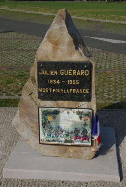 stèle julien guérard 62660 beuvry