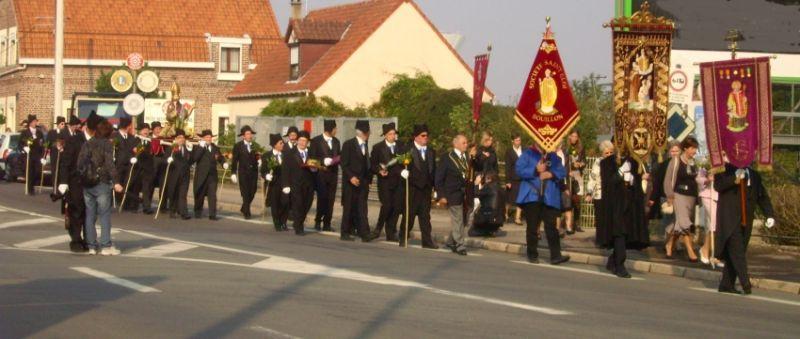 procession confrérie charitables béthune beuvry
