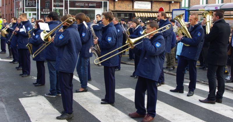 harmonie beuvry 11 novembre.jpg