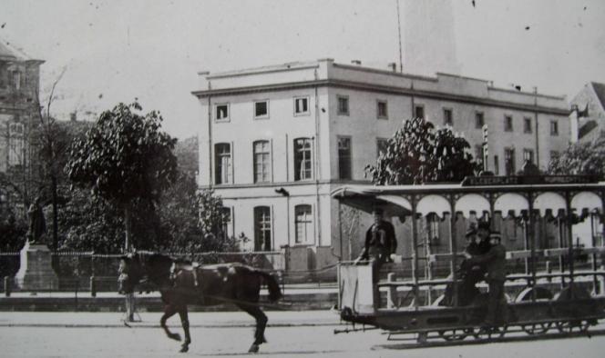 Histoire du tramway : Les Premières lignes  dans Histoire hippomobile