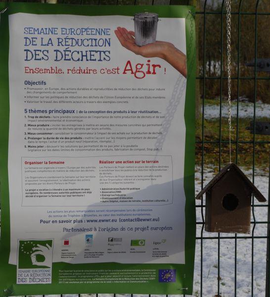 affiche réduction des déchets nichoir