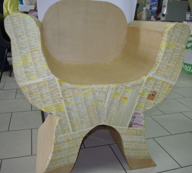 fauteuil en carton de récuoération