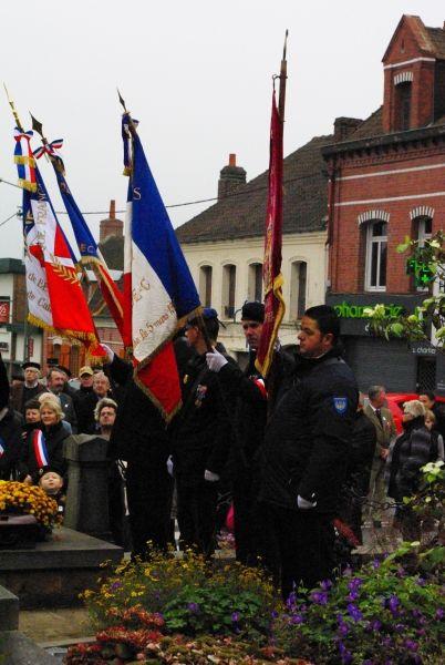 11 nov 2011 drapeaux beuvry