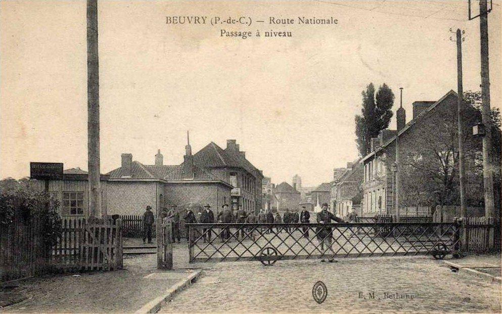 Histoires des mines de Nœux à Beuvry : Décret du 18 juin 1862 dans Bassin minier Route-nationale-Passage-a-Niveau